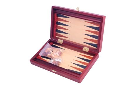 Backgammon ehk triktrakk komplekt